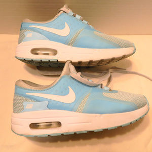 NIKE Air Max athletic shoes girls size 1Y